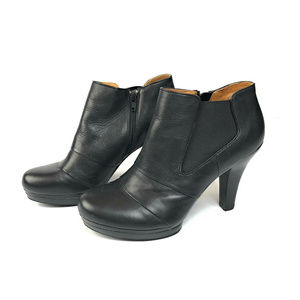 Sofft Marden Blacvk Leather Heeled Booties 8 1/2